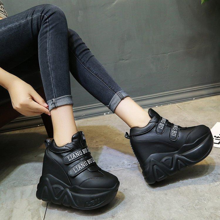 Lettres Décor Noir Sport Cachés Haute Des Talon Blanc De Cheville Bottes Wedge Chaussures forme Plate Femmes Super Sneakers q6UZIWOw