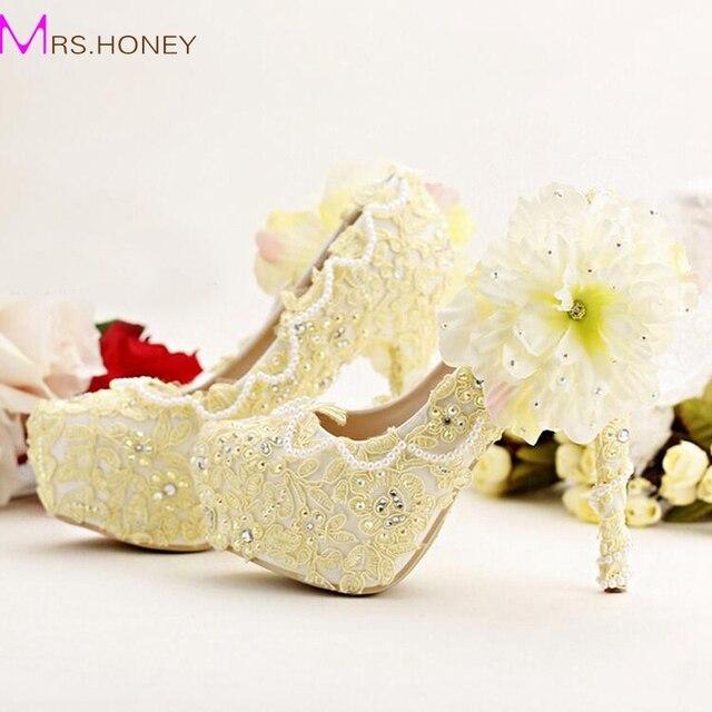 b36ea84a606 Pure Yellow Bride Shoes High Heels Platform Dress Shoes Lace Flower  Rhinestone Wedding Shoes Bridal Pumps Stiletto High Heel