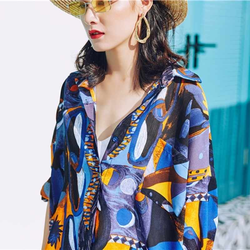 TWOTWINSTYLE Camisa Impressão Mulheres Chiffon Lapela Collar Manga Comprida Oversize Harajuku Blusa Tops Feminino Praia Verão 2019 Roupas