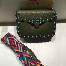 Роскошные сумки женские сумки дизайнер crossbody сумки для женщин мода заклепки сумки на ремне широкий ремень мешок основной femme de марка(China (Mainland))