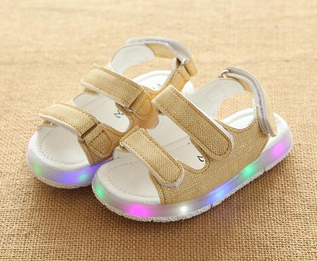 2017 high quality lighting children shoes fashion high quality LED Shinning kids sneakers Hook baby girls boy shoes sandals