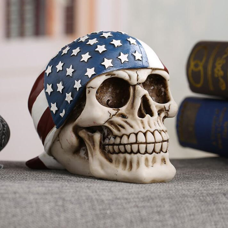Halloween Decoration American Style Flag Resin Skull Sculpture Home Decoration Accessories Horror Skeleton Statue Halloween Deco