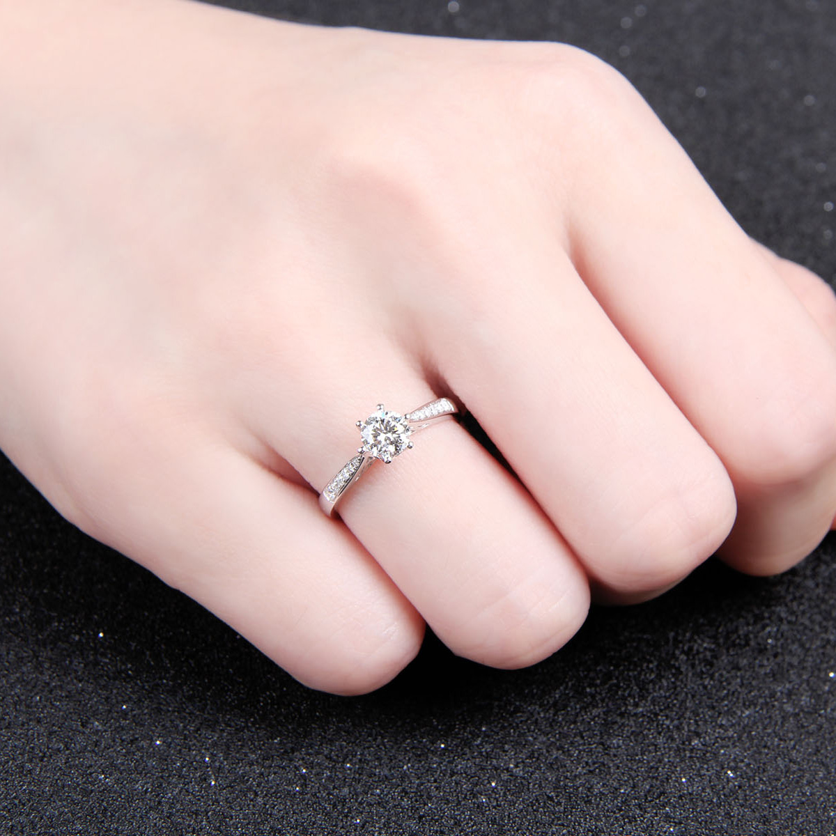 Platinum Wedding Diamond Ring Female Models 18K Gold Wedding ...