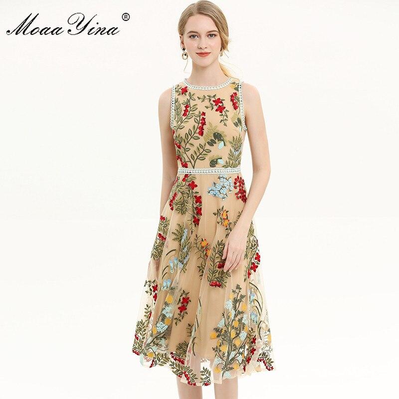 MoaaYina diseñador de moda de la pista vestido Primavera Verano vestido de las mujeres Floral bordado de malla fiesta elegante Slim vestidos-in Vestidos from Ropa de mujer    3