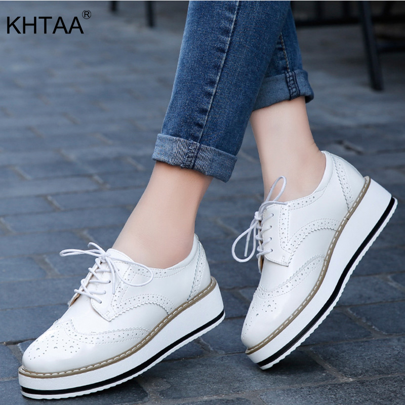 KHTAA Spring Platform Women Shoes Woman Flats Brogue Patent Leather Lace Up Footwear Female Flat Oxford Shoes For Women 2018 platform shoes woman thick heels oxford shoes for women patent leather creepers casual oxfords spring flats women shoes