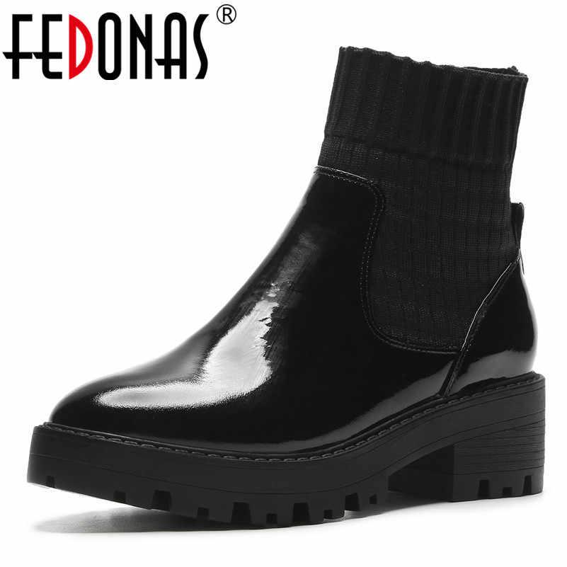 FEDONAS Sonbahar Kış Güzel Yuvarlak Ayak Platformu Kare Topuklu Kadın yarım çizmeler Hakiki Deri parti ayakkabıları Kadın kısa çizmeler