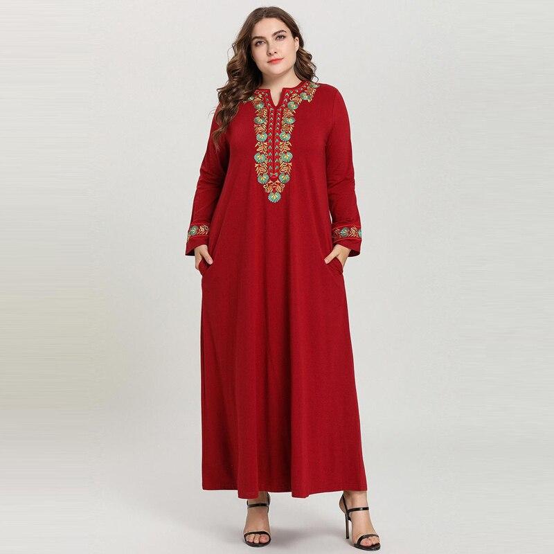 2019 Robe arabe élégante couleur unie à manches longues broderie Maxi Robe Longue Robe Musulmane Longue rouge rose grande taille M-4XL