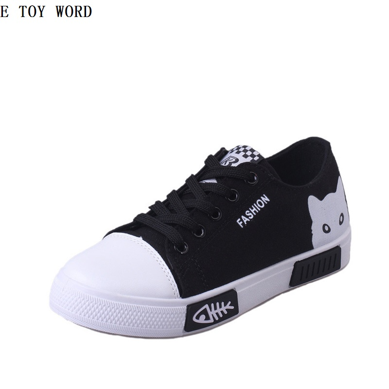 ETOYWORDIn the summer of 2018 the new canvas shoes flat with cartoon white shoe joker female students han edition shoes sneakers