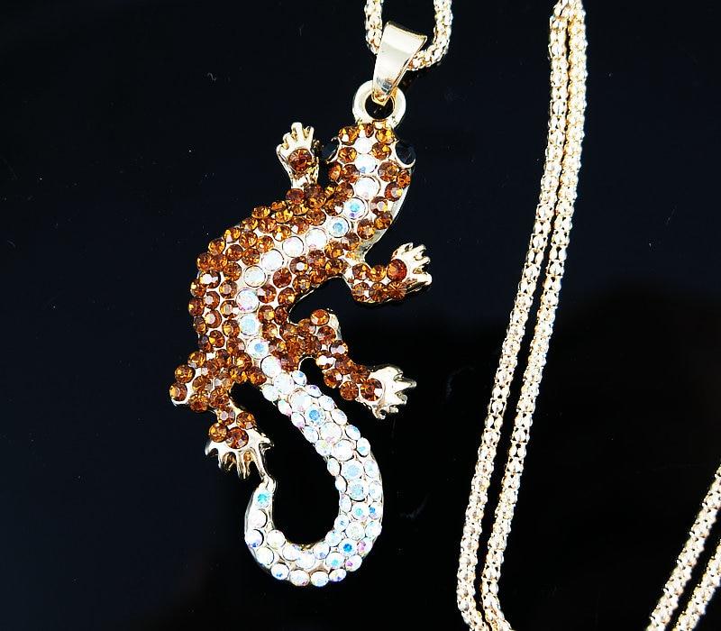 Anniversaire Cadeau White Sapphire Ring 3.20 total Carat peser Marquise Cut Crystal