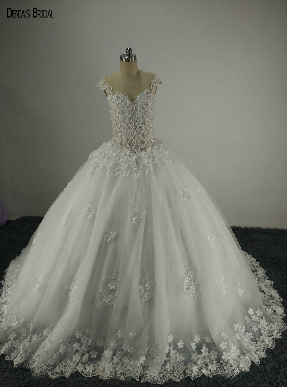 Vintage Illusion O Neck Appliqued Beaded Pearls Sheer Back Puffy Wedding Dresses