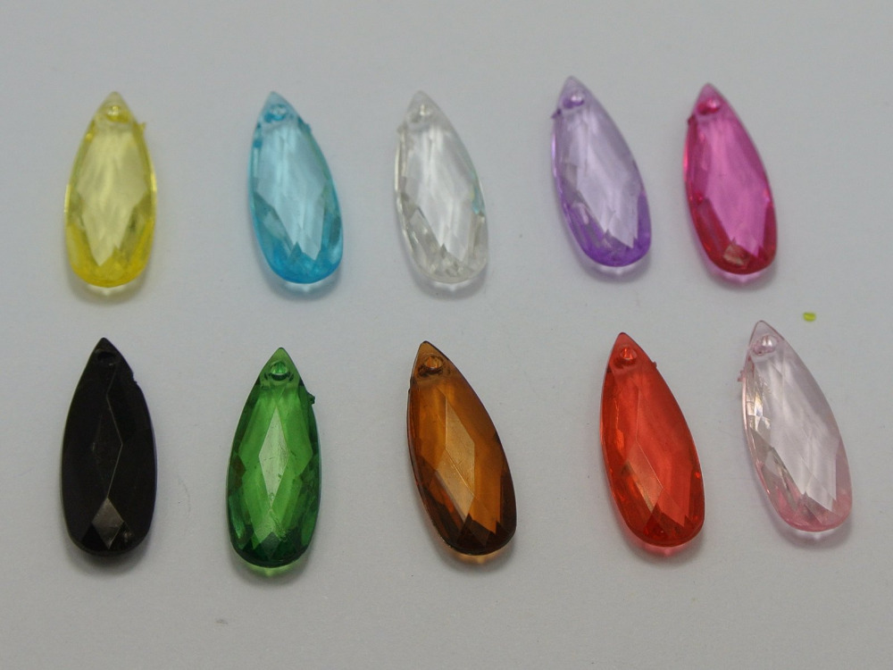 20 pcs Acrylic Faceted  Teardrop Beads 15mm By 10mm