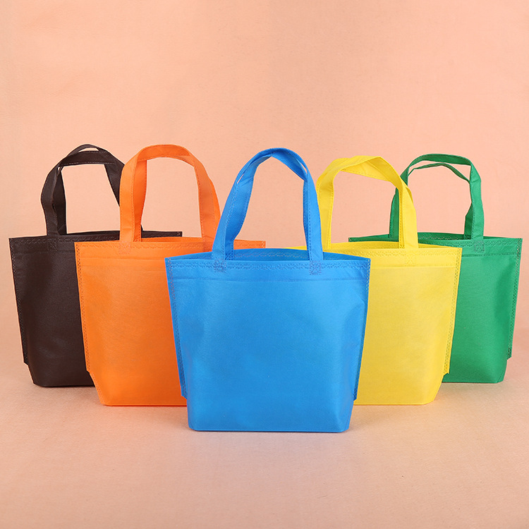 c3560bb2d0dc Non Woven Blank Bags Stock Retail Bag Customized Top Quality Bag  Manufacturer Gift Insulated Lunch Bags Wholesale Purses Factory-in Shopping  Bags from ...