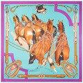 O novo 130 cm * 130 cm cinco grande vento pintados à mão tinta sarja de seda xale cachecol Lady cavalo
