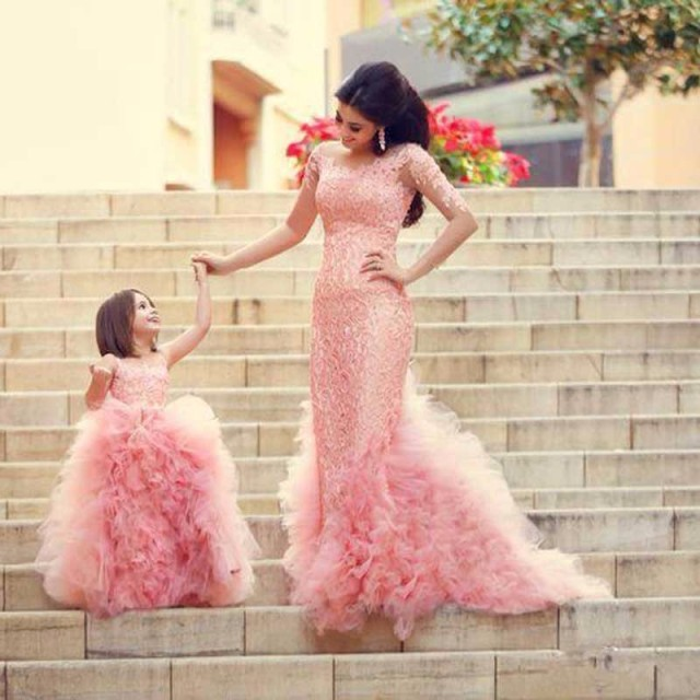 Mother Mom and Daughter Dresses Wedding Family Look Set Mommy and Me Dress  Flower Girl Pink Evening Mermaid Dress for Party 3dc5a526131c