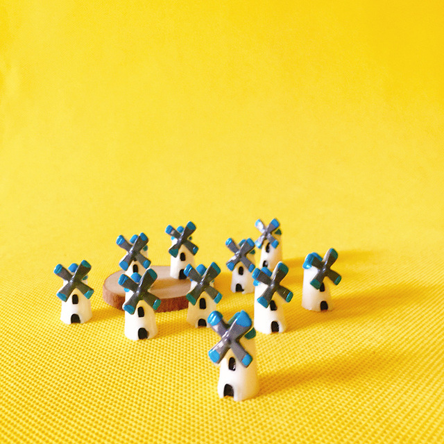 wholesale~10Pcs windmill/fairy garden gnome/moss terrarium home  decor/crafts/bonsai/bottle garden/miniatures/diy supplies-in Figurines &  Miniatures