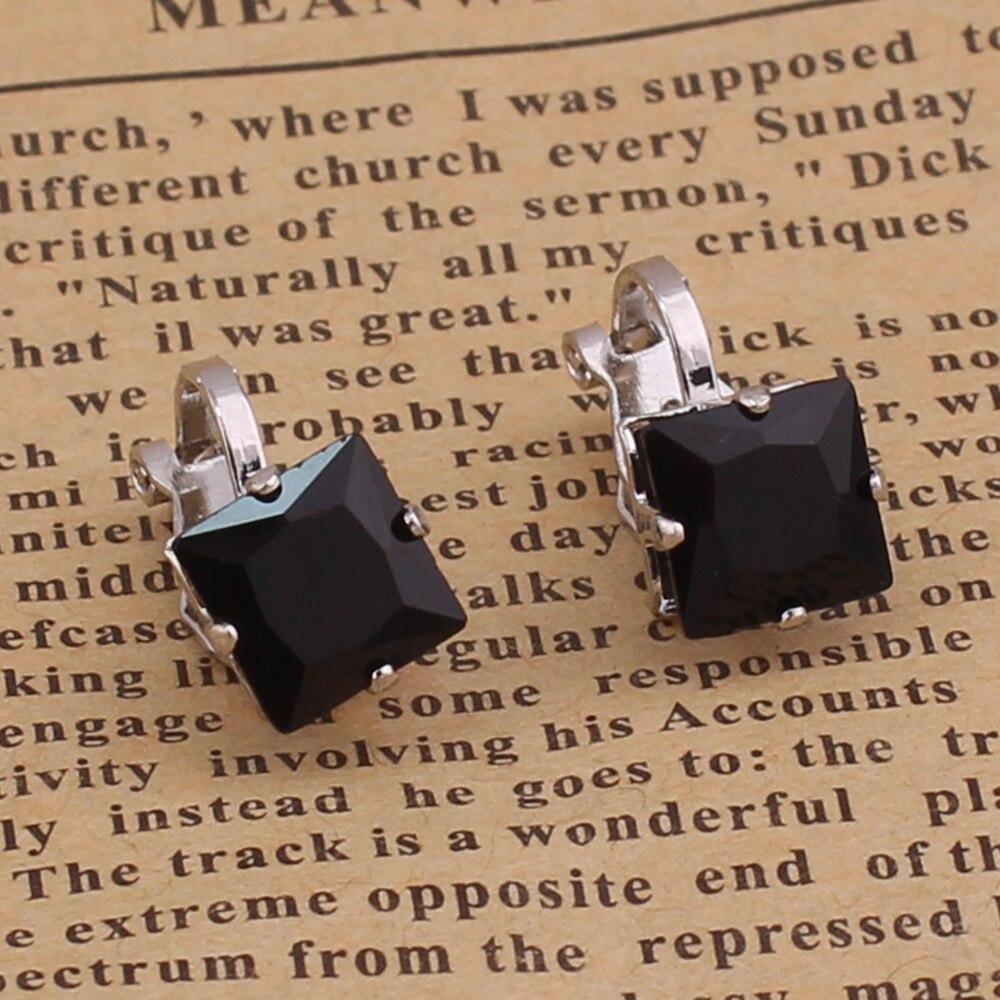 d4 black square