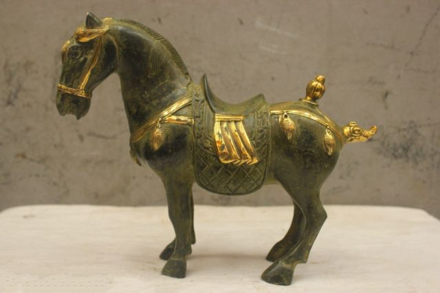 Chinese Folk Culture Old bronze Brass Lucky horse Statue Chinese Folk Culture Old bronze Brass Lucky horse Statue