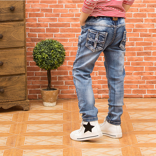 Boys denim trousers 2016 autumn Hitz Korean version of the large children's clothing Children's jeans Slim jeans feet
