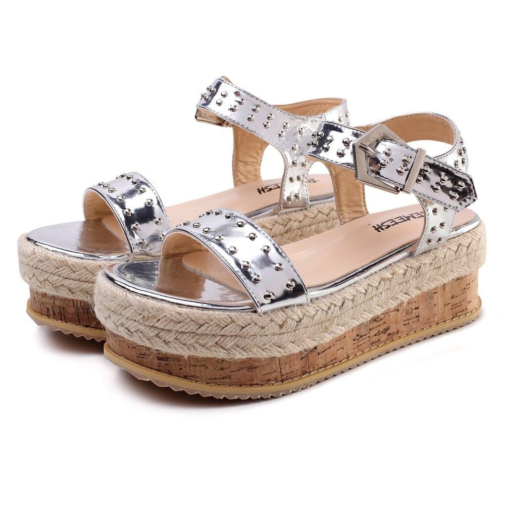 18addf8d18 Confortáveis Sapatos Água 2019 Sandálias sola D  Das Flat Cinto Mulheres  Prova deslizamento Gold Praia Plataforma ...