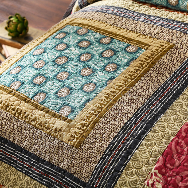 Image 2 - 100% Cotton Reversible Coverlet Handmade Patchwork Chic Bedspread Bed cover 2 Pillow shams 3pcs King Queen Size BlanketQuilts   -