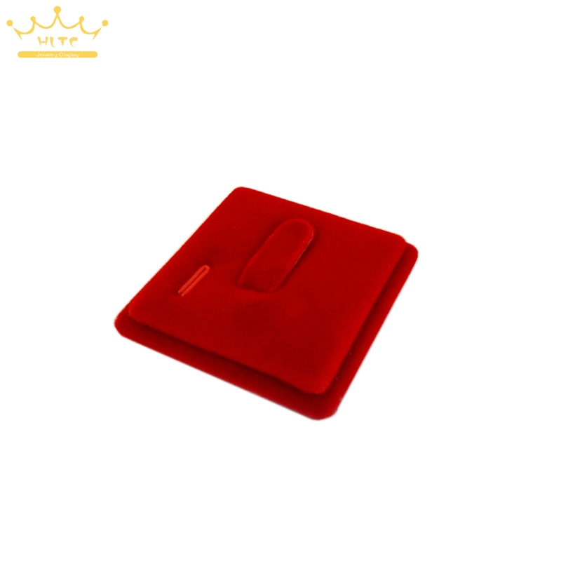 100pcs lot Red Velvet Ring Display Seat Gold Accessories Rack Ring Jewelry Display 1 pc Square