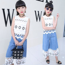 цена 2018 summer baby girl clothes set fashion Hollow girl tops +denim wide leg pants body suit girls jean wide leg trousers suits