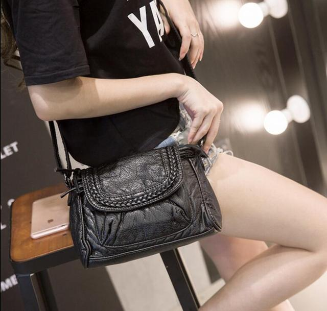 M513 Delicate Specific Popular Character Knit Tassel Zipper Black  Messenger Bags Small Size Women Bag Gift Wholesale