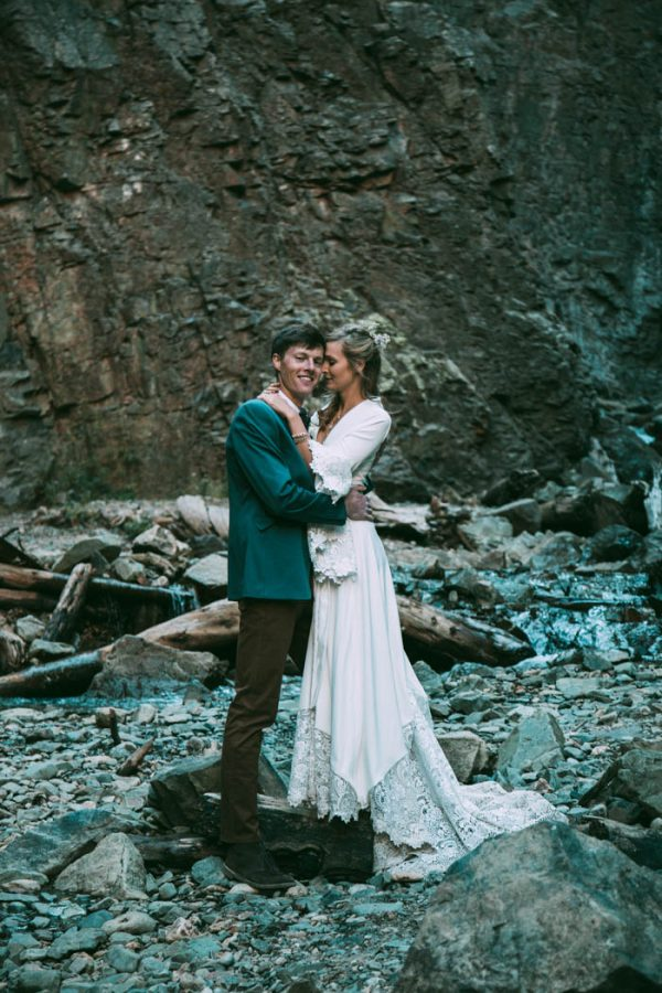 Intimate-Southwest-Colorado-Wedding-in-the-Mountains-Lauren-Parker-Photography-42-600x900