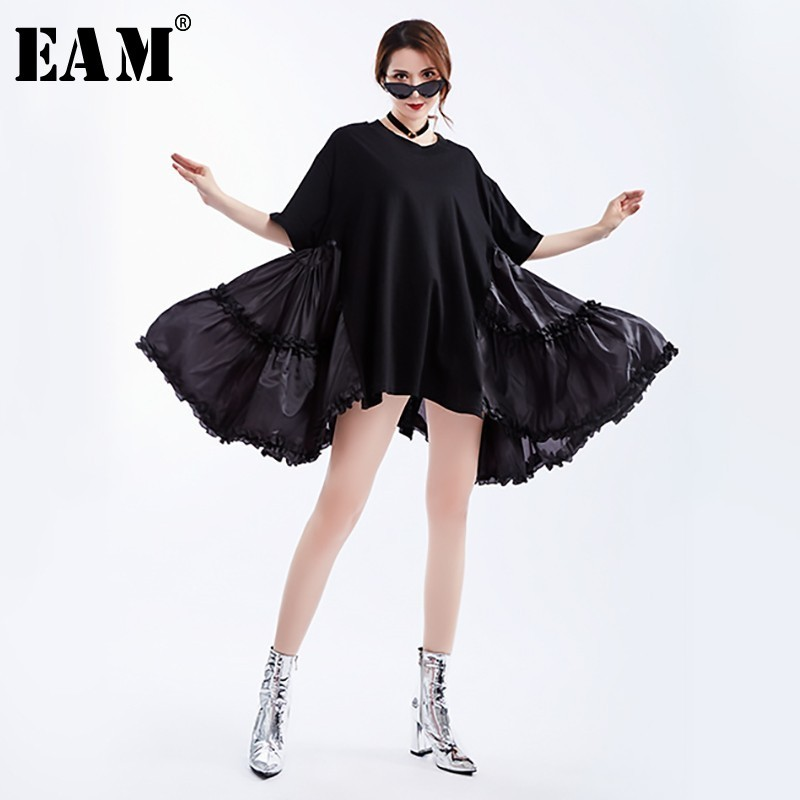 [EAM] 2020 New Spring Summer Round Neck Half Sleeve Black Loose Big Size Ruffles Pleated Stitch Dress Women Fashion Tide JS791