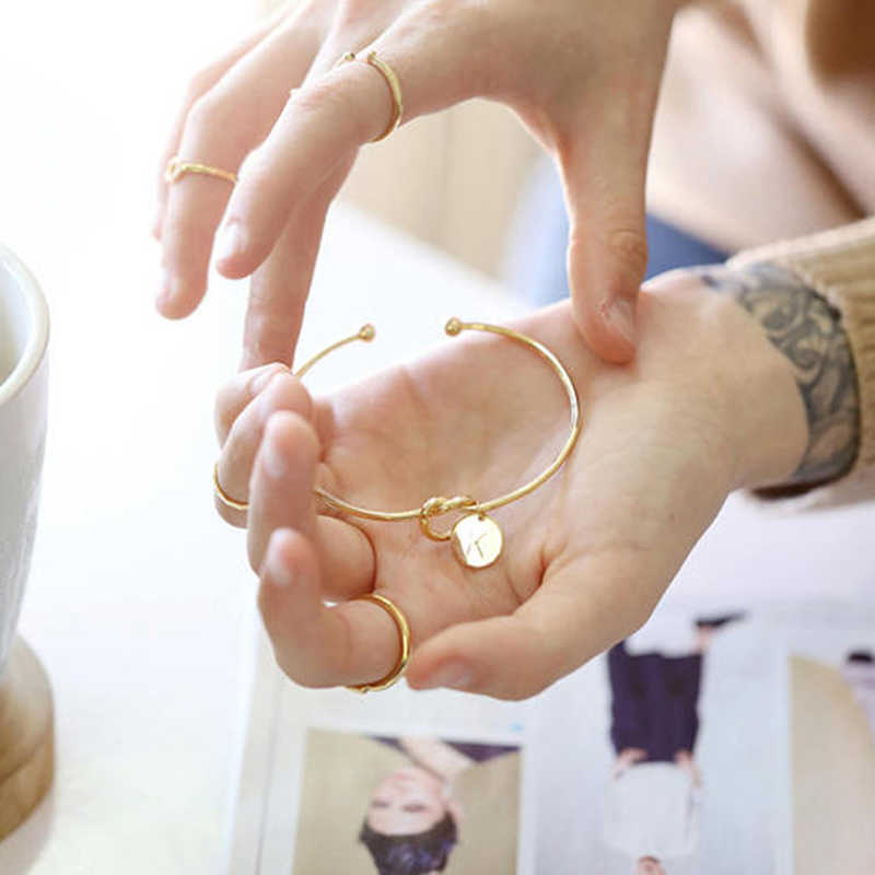 ファッション名の女性ジュエリー初期合金手紙女の子のためのローズゴールド/シルバー弓ノットチャームブレスレットドロップシッピング