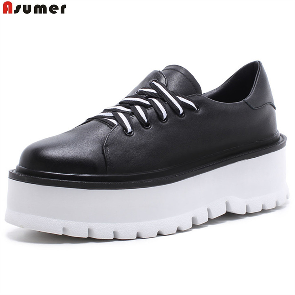 где купить ASUMER black white fashion spring autumn casual ladies flat platform shoes round toe lace up genuine leather flat shoes women по лучшей цене