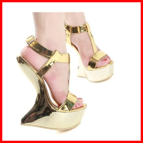 15cm Fashion Women Sandals Gold Metal Buckle Platform Shoes T-strap Strange Style Sexy Sandalias High Heels Pump Summer Sandals 2016 amoi sexy super high heels 15 cm transparent glass slipper shoes banquet fashion platform sandals red