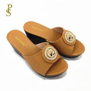 Image 1 - Talon compensé chaussures à semelle en polyuréthane femmes à talons hauts