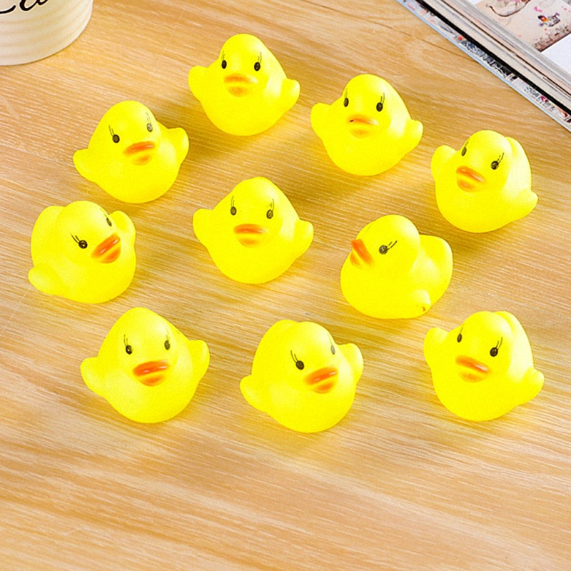 10Pcs/Set Mini Rubber Duck Toys Squeaky Pool Float Toys Yellow Duck Baby Bathing Bath Tub Toys for Baby Bath Tool Children Toys
