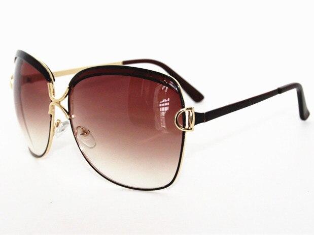 8abca5590f Gafas de sol de marca de moda de diseñador de gafas de sol de alta cantidad  de protección UV gafas de sol femeninas en Gafas de sol para mujer de  Accesorios ...