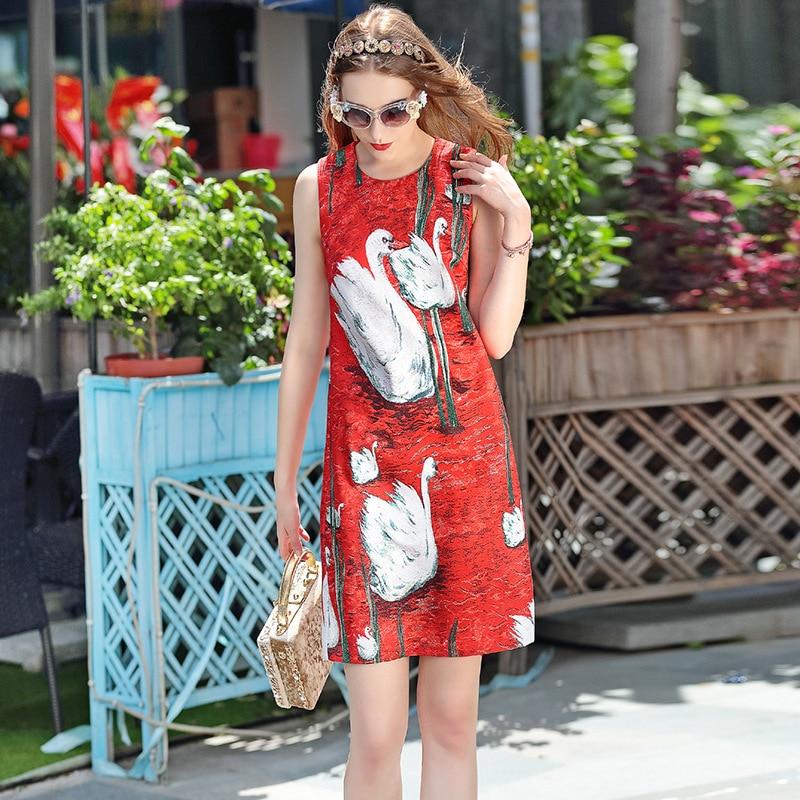 高品質 2017 ファッションデザイナーの滑走路ドレス女性のベスト赤白鳥プリントボタンカジュアルストレートノースリーブドレス  グループ上の レディース衣服 からの ドレス の中 2