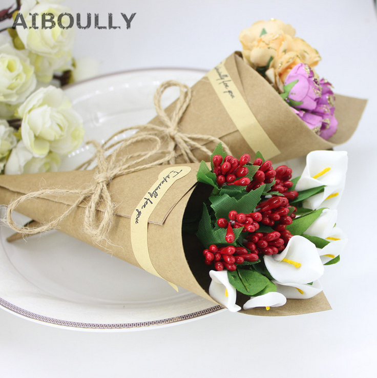 50pcslot DIY Handmade Kraft Paper Candy Boxes with Rope Tag Flower Cones Holder Ice Cream Wedding Table Decor Party Gift Box