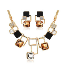 Fine Jewelry sets New Fashion Gold Plated Filled Rhinestone Crystal Acrylic Geometric Necklace Earring Jewellery Set For Women