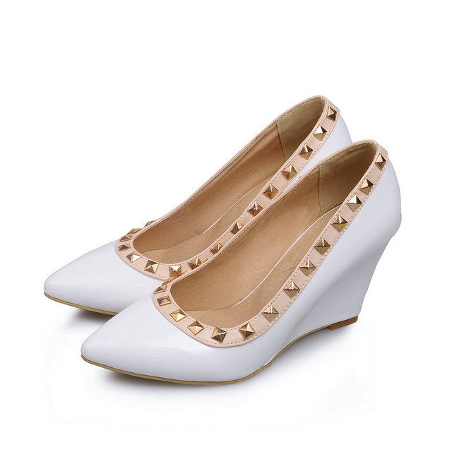 f4e42d74f13 New Summer Women Wedges Shoes Pointed Toe pu Leather Nude Work Shoes ...