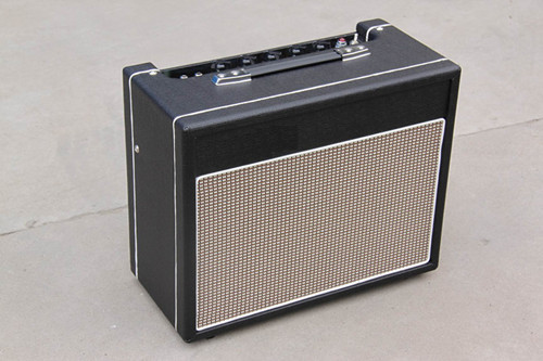 15 Watt All Tube Electric Guitar amplifier Musical instruments custom shop limited run curly es 335 electric guitar with transparent red finished jazz guitars china musical instruments