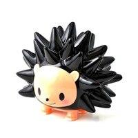 Street Art Original Fake KAWS Medicom Toy Cartoon Black Hedgehog PVC Action Figure Model Giocattolo G1410