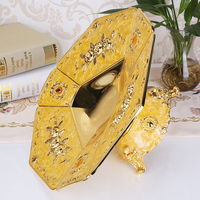 European gold plated metal snack tray zinc alloy fruit tray fashion nut bowl for wedding party Decoration