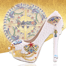 Chinese Style Performance Party Shoes White Pearl Wedding Shoes with Gold Phoenix Women Cinderella Prom High Heels Bridal Pumps