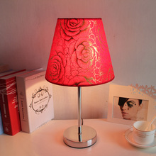 Modern simple table lamp Red Rose Dimming lamps table living room bedroom Bedside wedding deco Table lamp home deco luminaria table lamps princess modern minimalist bedroom bedside lamp wedding garden