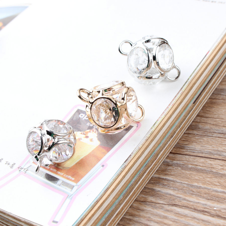 New Design Rhinestone Core decoration Alloy Gold/Silver plated Tone Crystal Hollow Charms diy Necklace/bracelet Jewelry Pendants