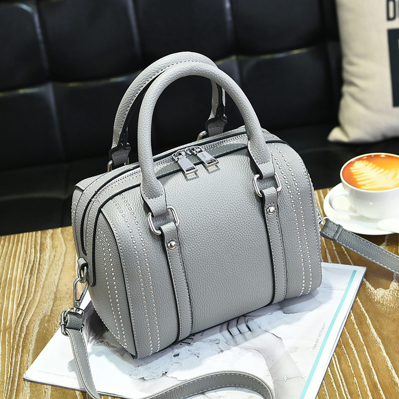Fashion Women's Genuine Leather Handbags High Quality Shoulder CrossBody Bags Ladies Messenger Bag Rivet Women Bags Tote Bag 2015 new fashion style genuine leather business women messenger bags causal ladies handbags with high quality shoulder bag