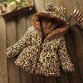 Зимний стиль Моды Девушки зима пуховики Leopard пальто Дети Outerwears для 2-6Y девочка одежды хлопка куртки