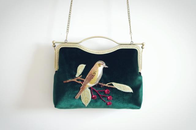 pássaro bordado lindo pássaro de Exterior : Nenhum