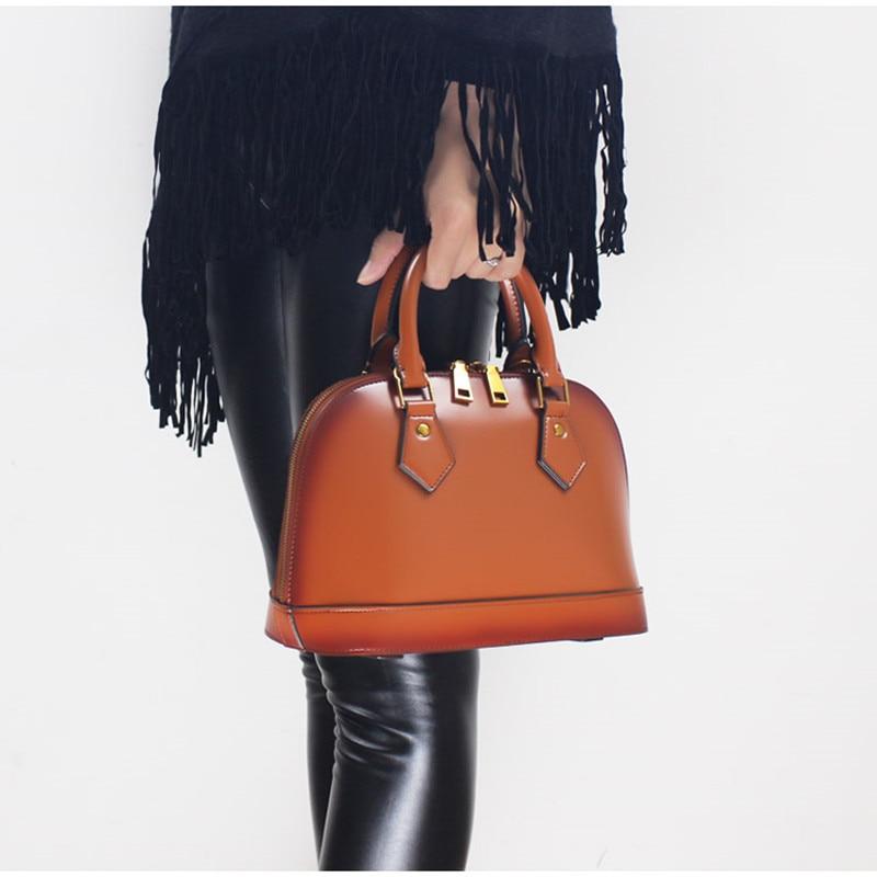 все цены на New Classic Vintage Shell Genuine Leather Handbag Women Red Patchwork Handbags Messenger Bags Lady Solid Bag Two Size онлайн