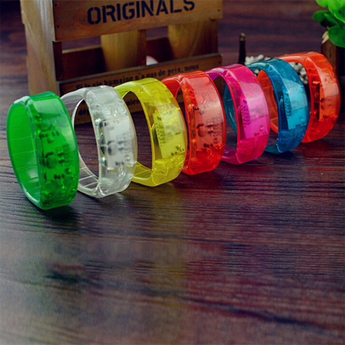 Unisex Sonido Controlado LED Light Up Pulsera Resplandor Activado Flash Brazalete Para Día de la Madre Regalo Festival Party Decor